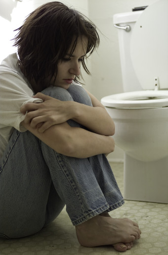 http://www.solutionsforeatingdisorders.com/yahoo_site_admin/assets/images/bulimia.289180731_std.jpg